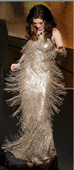 Anne Hathaway Oscar 2011 Beaded dress
