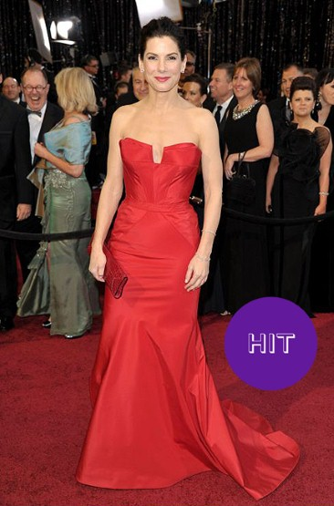 SANDRA-BULLOCK red dress Oscars 2011
