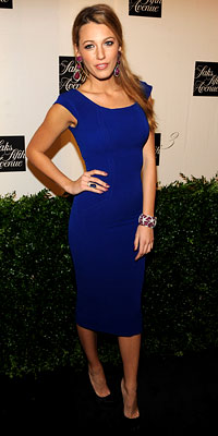 Blake Lively Blue Dress Black classic shoes