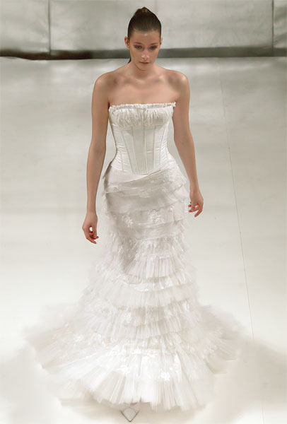 Celia Kritharioti, Mermaid style, wedding dress