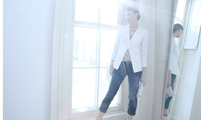 Cropped Jeans with white Jacket