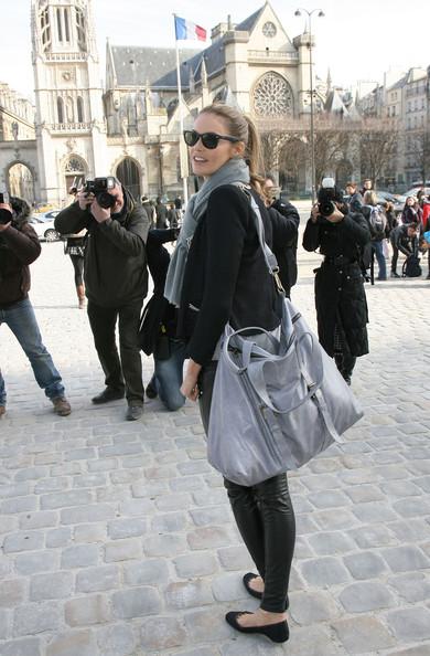 Elle MacPherson, sunglasses, hair, jean color handbag