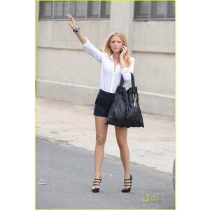 Blake lively street style shorts