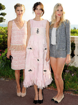Laura Bailley, Alexa Chung and Poppy Delivigne wearing ballerina flat shoes