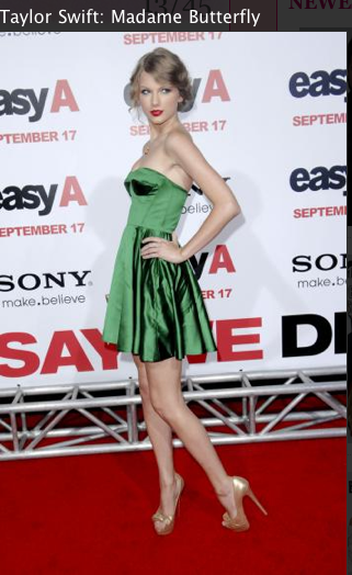 Taylor Swift, Green dress, Louboutins