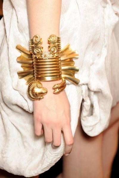 Gold bracelets Kokosalaki  Ilias Lalaounis