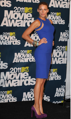 Blake Lively, 2011,  in a royal blue dress