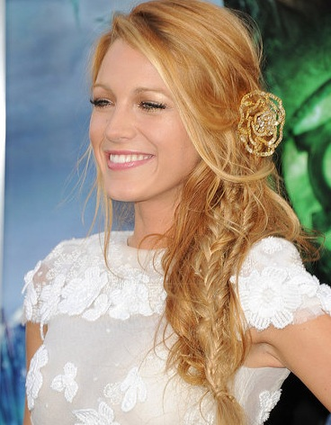 Blake Lively hair and makeup