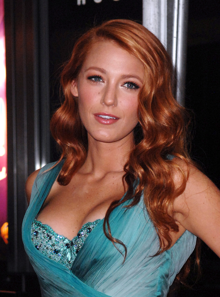 Blake Lively 2011 red hair, makeup, blue green evening dress, Photo Credit: Donna Ward