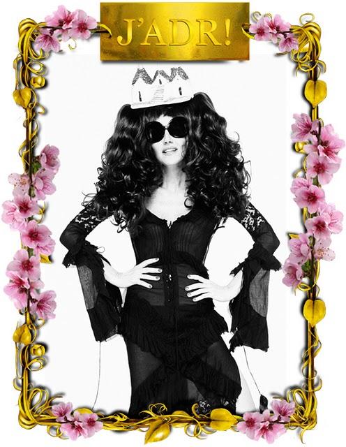 Anna Dello Russo black sunglasses