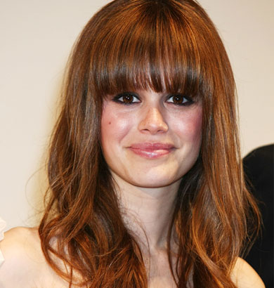 Rachel Bilson, slightly wavy with fringes